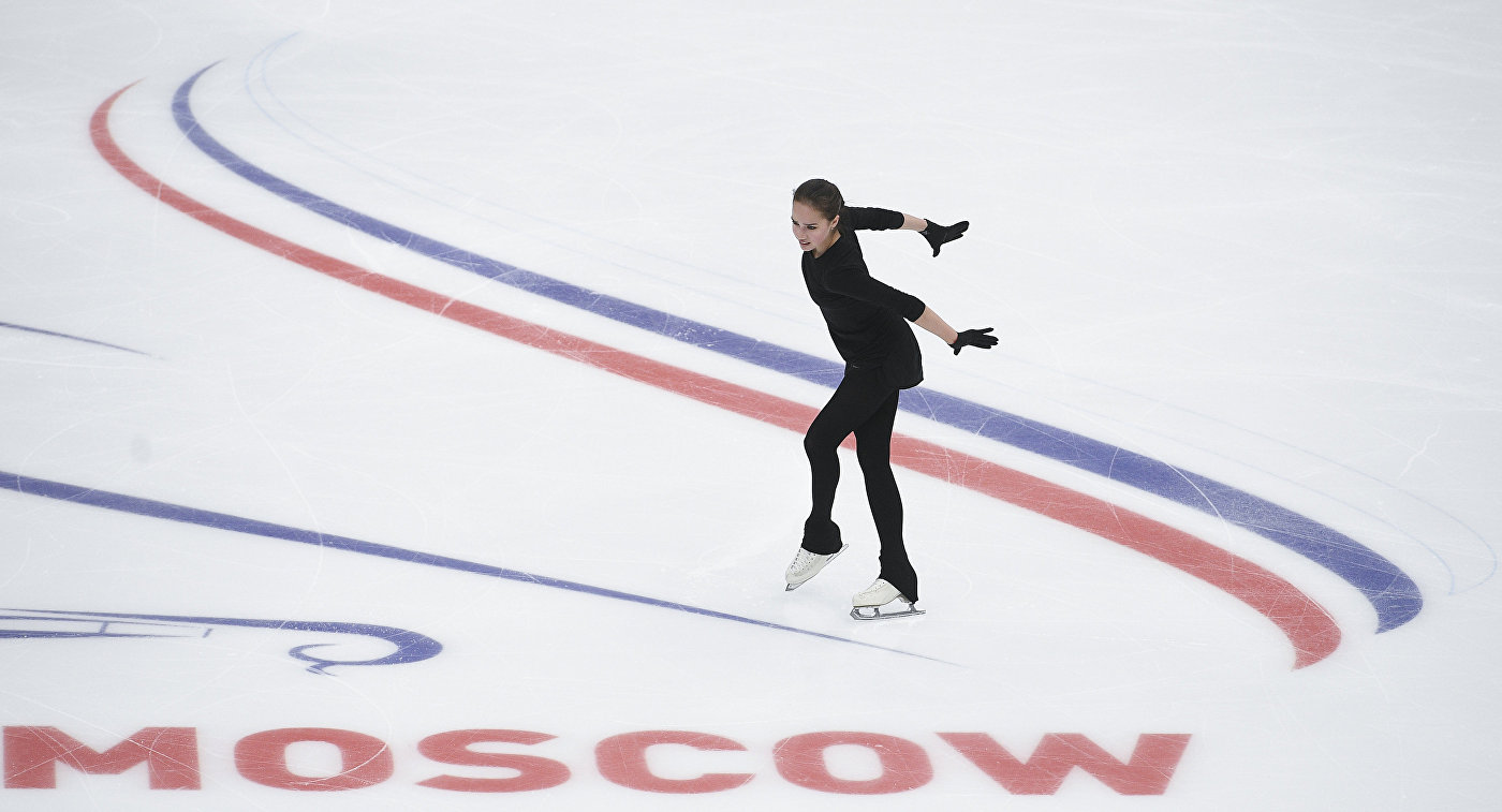 Ханю одержал победу короткую программу наГран-при РФ, Коляда— 8-ой