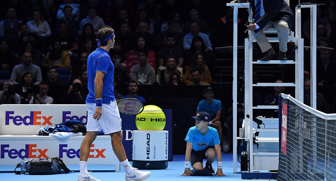 Федерер не держит зла на мальчика, уронившего мяч в самый важный момент матча