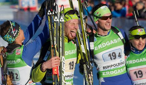 Словенские биатлонисты Тея Грегорин, Клемен Бауэр, Яков Фак и Андреа Мали (слева направо)
