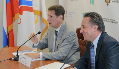 Александр Жуков (слева) и Виталий Мутко