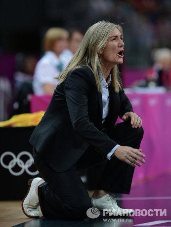Главный тренер сборной Австралии по баскетболу Керри Граф