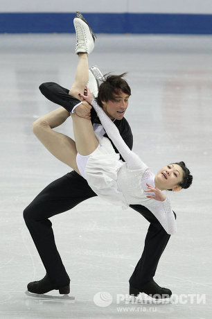 Юко Кавагути и Александр Смотров