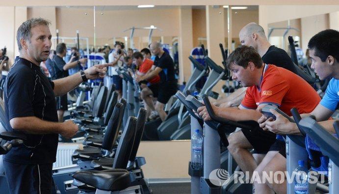 Тренер команды по общей физической подготовке Фурлан Само