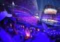 Зрители на церемонии открытия XXVII Всемирной летней Универсиады 2013 на стадионе Казань Арена в Казани.