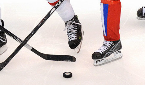 Игровой момент хоккейного матча