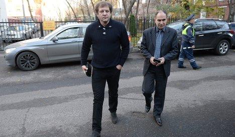 Александр Емельяненко прибыл на допрос в ГУМВД по Москве