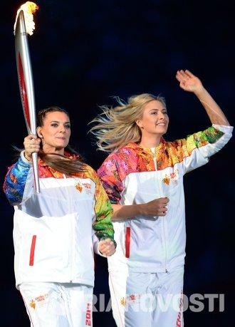 Елена Исинбаева и Мария Шарапова (слева направо)