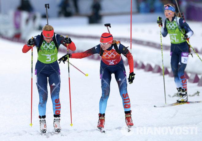 Слева направо: Ольга Зайцева (Россия), Яна Романова (Россия) и Ханна Дрейссигакер (США)