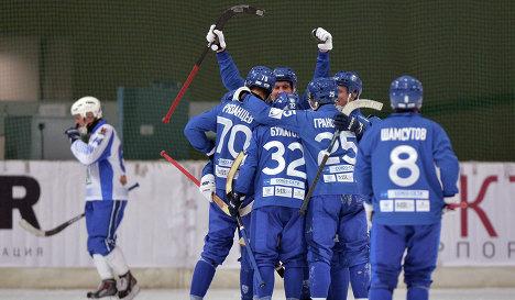 Игроки Динамо (Москва) по хоккею с мячом