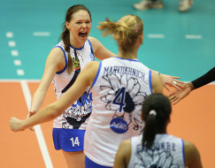 Волейболистки краснодарского Динамо Ирина Уралева (слева), Марина Марюхнич