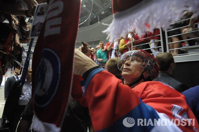 В.Путин принял участие в гала-матче Всероссийского фестиваля по хоккею среди любительских команд