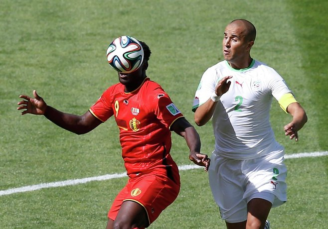 Игровой момент матча Бельгия - Алжир