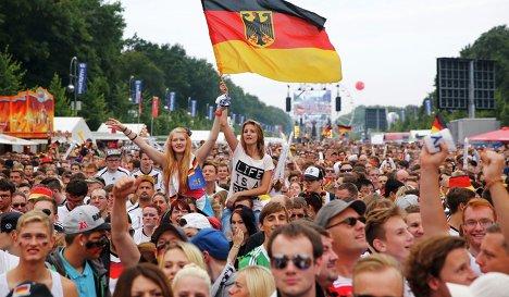 Болельщики сборной Германии в Берлине