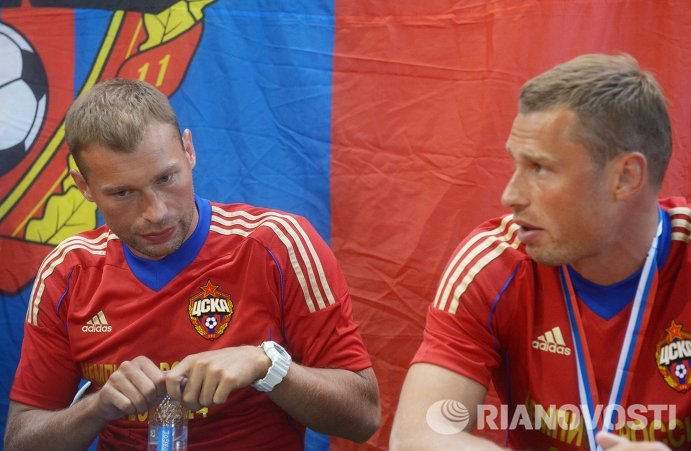 Василий и Алексей Березуцкие (слева направо)