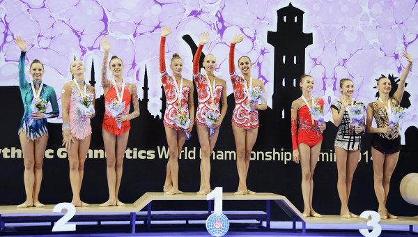 Призеры в командном зачете на чемпионате по художественной гимнастике в Измире