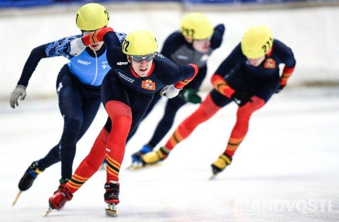 Александр Коваль на дистанции 1500 м