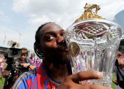Нападающий ЦСКА Вагнер Лав радуется победе в Чемпионате России