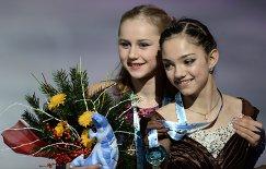 Серафима Саханович и Евгения Медведева (слева направо) (архив, 2014 год)