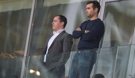 Генеральный директор Спартака Роман Асхабадзе и менеджер красно-белых Юхан Гераскин (справа)