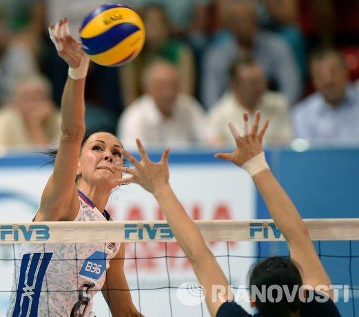 Нападающая сборной России по волейболу Наталия Обмочаева