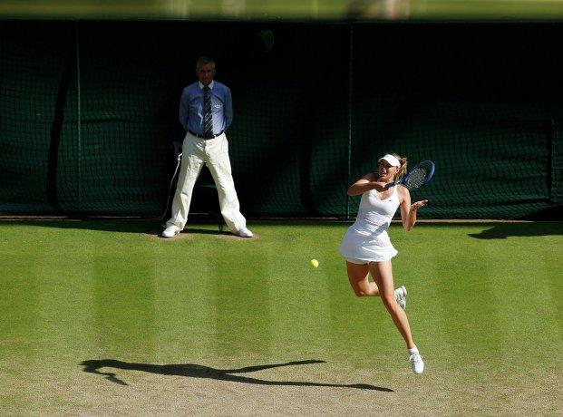 Мария Шарапова в полуфинальном матче Уимблдона
