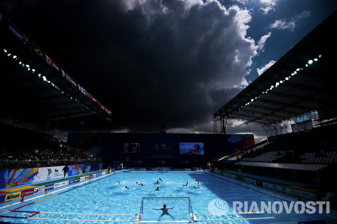 Игровой момент матча Россия - Китай