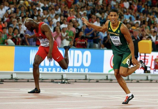 Американец Лашон Мерритт (справа) и южноафриканец Уэйд ван Никерк