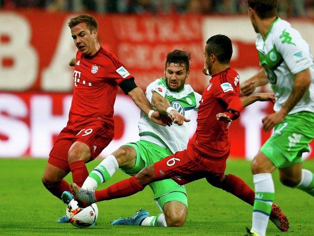 Игровой момент матча Бавария - Вольфсбург