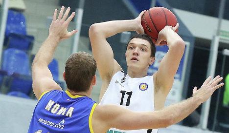 Нападающий БК Нижний Новгород Семен Антонов (№11)