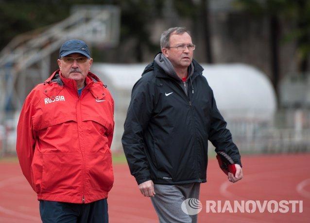 Тренировка российских легкоатлетов на базе в Сочи