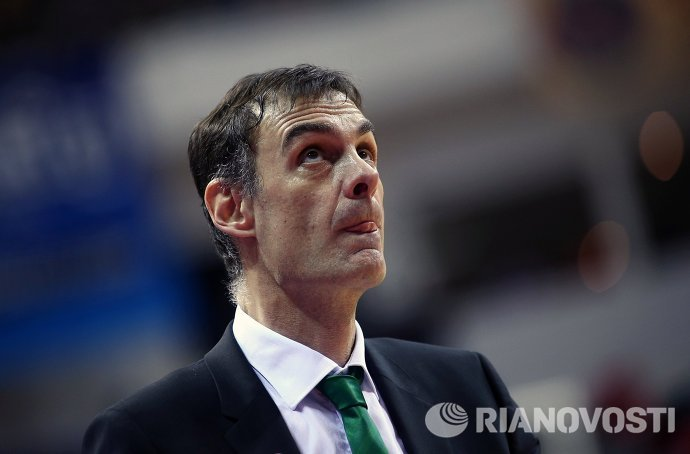 Главный тренер ПБК Локомотив-Кубань Георгиос Барцокас