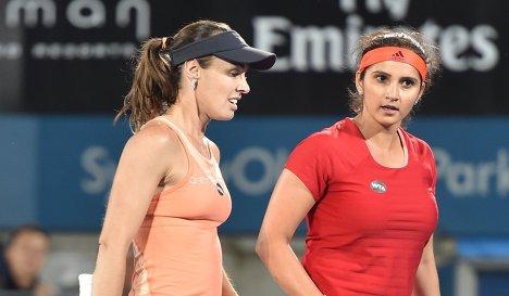 Мартина Хингис (слева) и Саня Мирза
