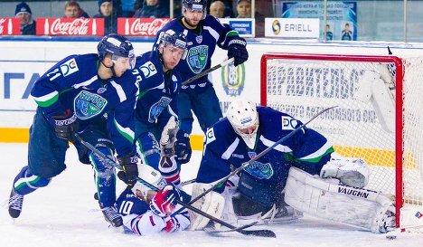 Игровой момент матча КХЛ ХК Югра - ХК Металлург (Магнитогорск)
