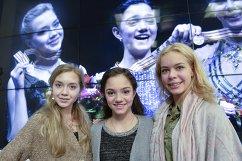 Российские фигуристки Елена Радионова, Евгения Медведева и Анна Погорилая (слева направо)