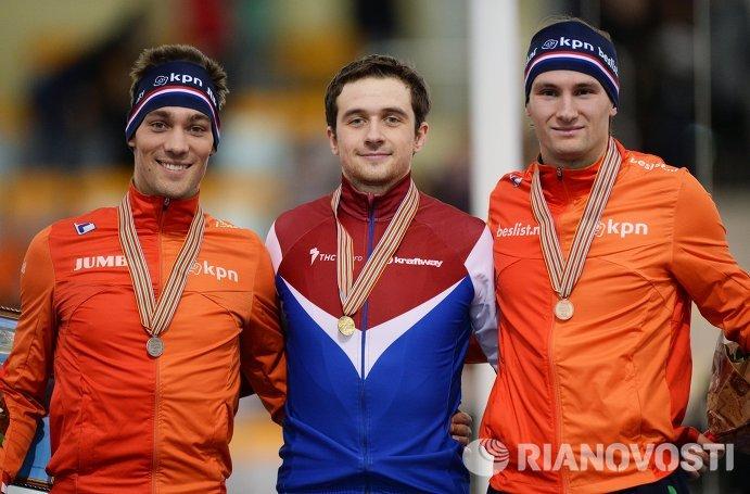 Кьелд Нейс (Нидерланды) - второе место, Денис Юсков (Россия) - первое место, Томас Крол (Нидерланды) - третье место