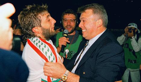Трифон Иванов (слева)