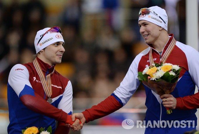 Руслан Мурашов - серебряная медаль и Павел Кулижников (Россия) - золотая медаль (слева направо)