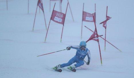 Йонас Стокингер (Германия) в финале горнолыжного микста на ЮОИ