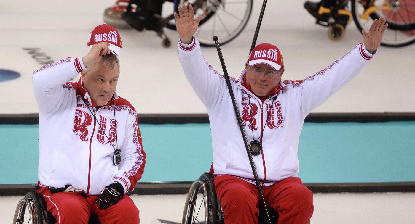 Слева направо: Александр Шевченко и Андрей Смирнов (Россия)