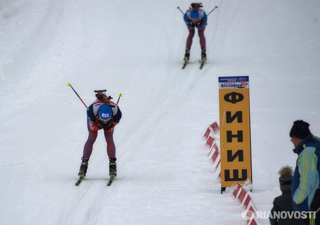 Биатлонисты сборной России Антон Шипулин и Максим Цветков (слева направо)