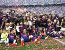 Футболисты Барселоны во время празднования чемпионства