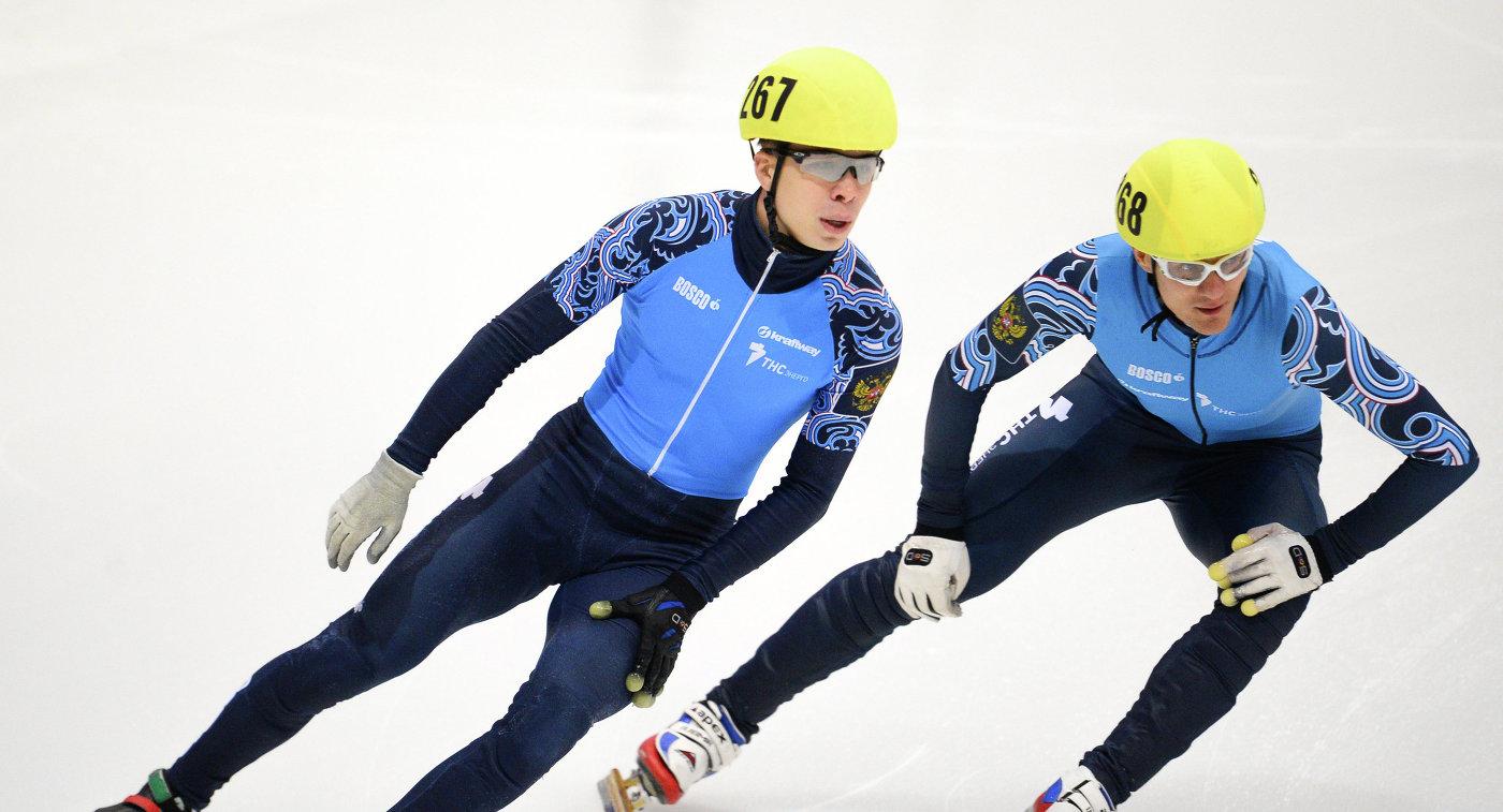 Семен Елистратов и Владимир Григорьев (справа)