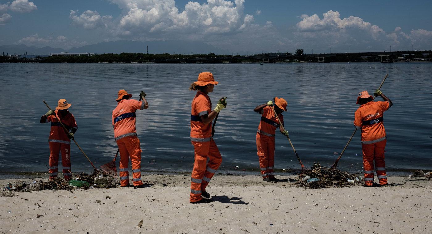 Очистка залива Гуанабара в Рио-де-Жанейро
