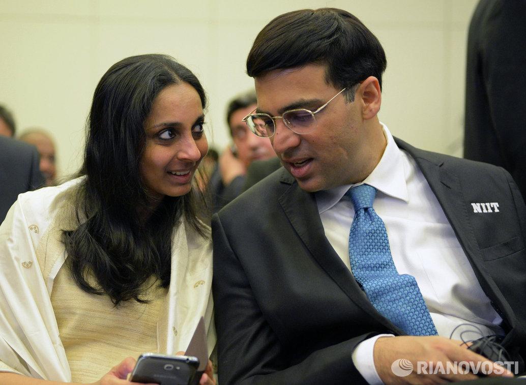 Индийский шахматист Вишванатан Ананд с супругой Аруной