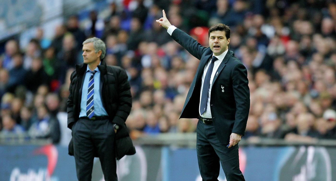 Главный тренер Челси Жозе Моуринью и главный тренер Тоттенхэма Маурисио Почеттино