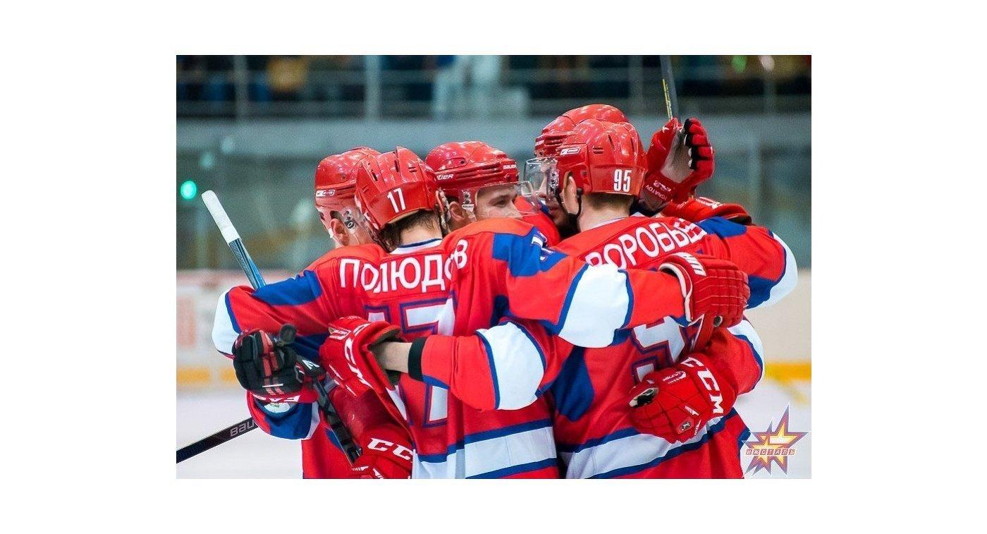 Хоккеисты Ижстали