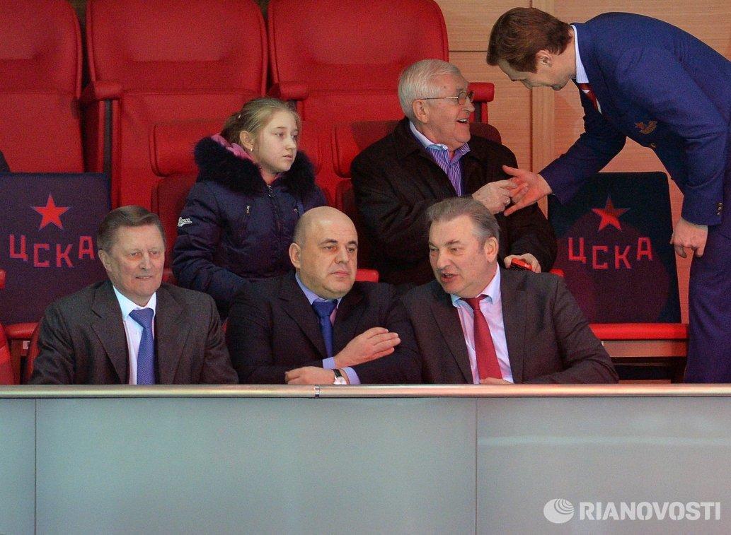 Сергей Иванов, Михаил Мишустин, Владислав Третьяк (слева направо)