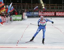 Россиянин Иван Черезов финиширует в спринтерской гонке