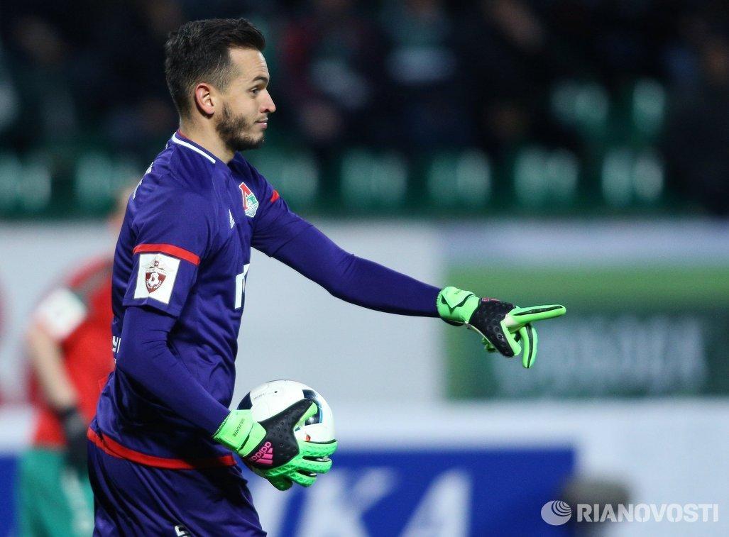 Вратарь Локомотива Гильерме