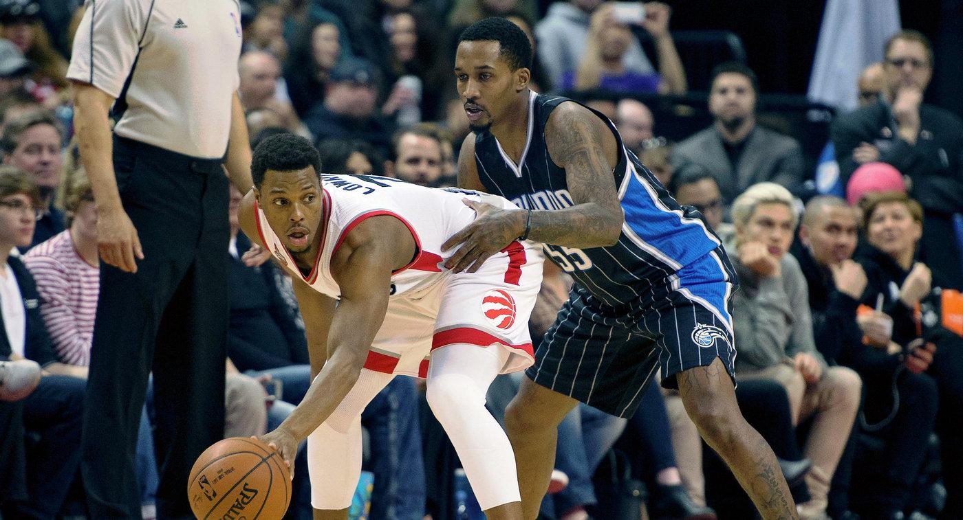 Игровой момент матча НБА между Торонто и Орландо
